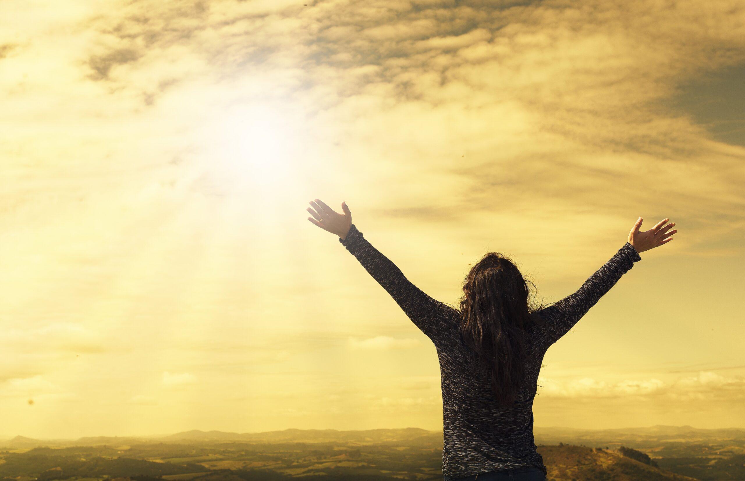 woman worshiping God